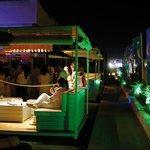 la terraza de noche