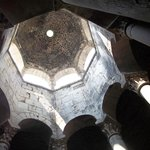 Studnia arabska - widok kopuły z dołu