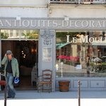 decoration shops