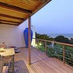 Inyoni Terrace