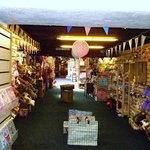 Splendid gift and craft shop