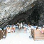 Praia a mare, Ristorante nella grotta