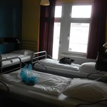 ホステルの4人部屋