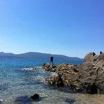 dans les rocher en fin de plage