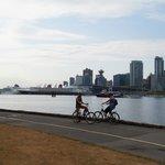 Cycling aroun Stanley Park