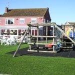 Tow Bar Garden/Play Area