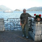 Lakefront Promenade w/Charlie & Bellagio