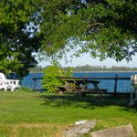 Foto de Lakeside Village Inn