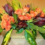 Table decor: always the freshest flowers