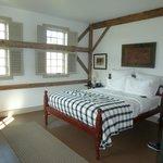 Comfortable Corner Room