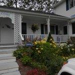 Glen Cove Inn  office