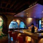 Bar & Long table