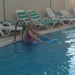 pool (very clean)