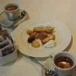 Caffe and biscotti