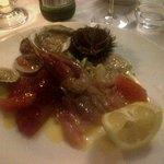 antipasto: crudo di pesce