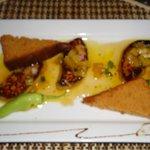 Foie gras poélé à l'ananas & au Miel de Guadeloupe