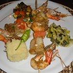 Brochette de Ouassous & St Jacques au Curry Vert