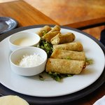 kids meal: Taquitos de pollo mxn$76
