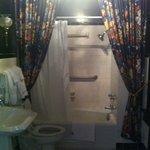 Bathroom in room 8