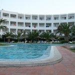 très belle piscine hôtel