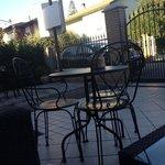 tavolini esterni.. zona relax!!