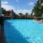 Swimming pool, 4x a regular hotel pool