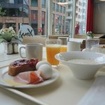 Breakfast:  just right.