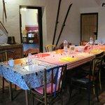 """""""Origineller"""" Esstisch für ca. 10 Personen, kann ergänzt werden mit einem kleinen Tisch"""