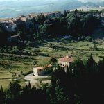 the property is 200 mtrs from the medieval romantic village Barberino val d Elsa !