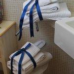 Delizioso anche il modo di presentare gli asciugamani