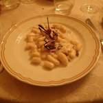Gnocchi with gorgonzola and pistachios (awesome!)