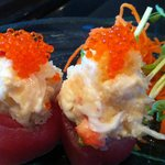 Kani Blossoms (Red Tuna, Alaska King Crab, mayo, tobiko & tempura bits)