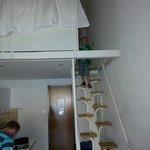 Treppe zwischen Wohn- und Schlafbereich