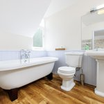 Double bath to soak the day away in The Abbey room