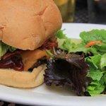 Pale Ale BBQ Bacon Burger
