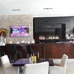 vista del bar del lobby