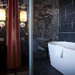 Bath tub in the Junior suite