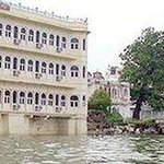 Photo of Hotel Sarovar on Pichola