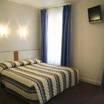Photo de Hotel Nemours