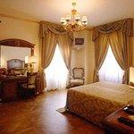 帕拉索亞歷山大酒店