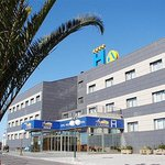 Photo of Hotel Sercotel La Borona