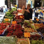 Walking distance to Campo dei Fiori with Saturday farmer's market