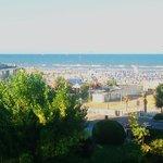 Blick von der Terrasse (Zimmer 314) auf den Strand