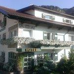 L' Hotel