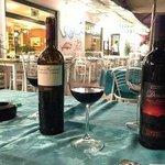Abens draußen bei einem Glas Wein :)