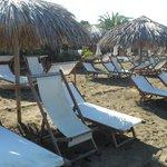 Lettini sulla spiaggia