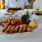 Karides (grosses crevettes grillées)