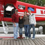 Float plane to lodge