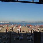 Blick zum Strand vom Restaurant aus