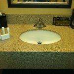 Spacious sink area